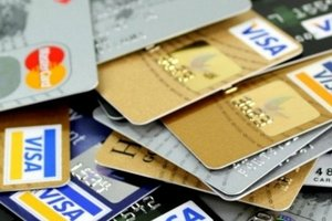 В Украине алименты начали списывать напрямую с карты плательщика