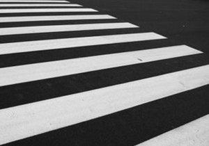 В Днепре придумали, как научить пешеходов быть внимательнее