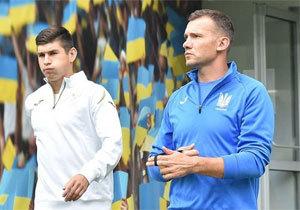Сборная Украины по футболу спустя девять лет решила сыграть в Днепре