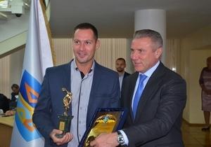 Спортсменов Днепропетровщины отметили наградами Национального олимпийского комитета Украины