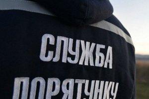 На Днепропетровщине чрезвычайники спасли 37-летнего мужчину, который упал в колодец