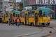 В Днепре на Яворницкого трамвай №1 сошел с рельсов и перекрыл проспект (видео момента)