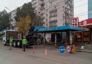 На ж/м Парус-2 демонтируют остановку общественного транспорта