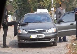 Таксист предлагал взятку патрульным чтобы не проходить медосмотр