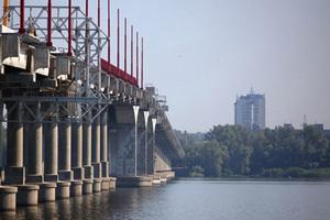 Почему на Новом мосту в Днепре так много деформационных швов?