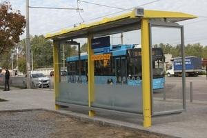 В Днепре установлены новые остановки общественного транспорта на жилых массивах