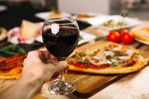 Будет как в Европе: украинские вина хотят уравнять в правах с пивом