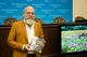 Автограф-сессия и сказки: в ДнепрОГА прошла творческая встреча с писателем Олегом Гавришем