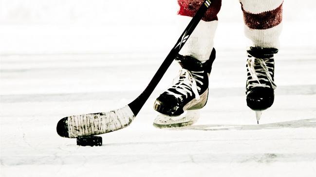 В Днепре прошел чемпионат Украины по женскому хоккею