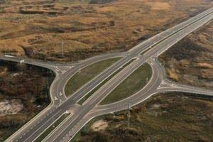 На Днепропетровщине водители жалуются на новопостроенную развязку на скоростной трассе на Киев