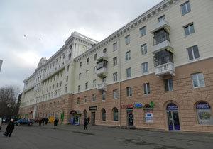 Мэр Днепра показал, как ремонтируют фасады на главном проспекте Днепра