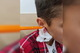 В Днепре 9-летнего школьника с вязальным крючком в ухе увезли в больницу