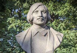 Что посмотреть - Гоголю Н.В. памятник