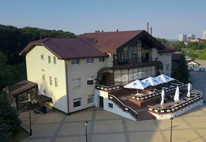 Лавина, отель
