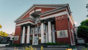 Театры и культурные центры - Днепровский Дом Искусств