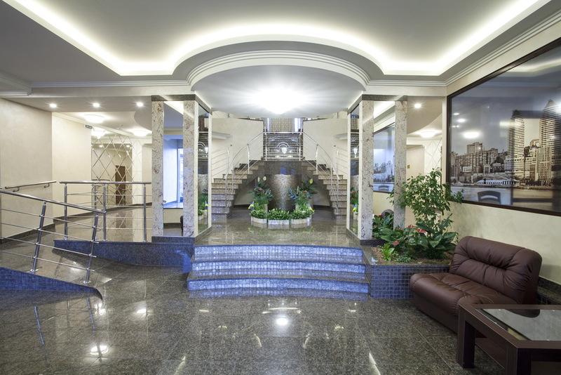 Абри   Premier Hotel Abri