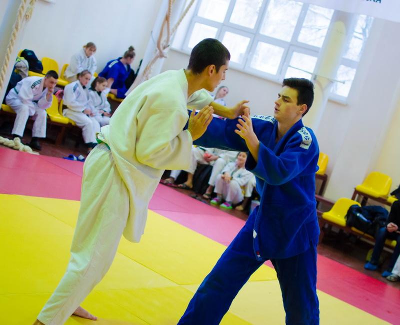 Чемпионат города среди мужчин и женщин по дзюдо