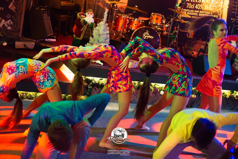 Новогодняя Ночь 2019 в гриль-баре Фаэтон