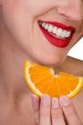 Оно, кстати, имеет немало минусов, например, зубы сохраняют белизну максимум в течение полугода, при условии того...